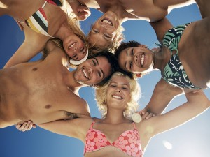 People_Friends__entertainment__recreation_Happy_Friends_013025_