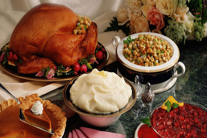 Christmas party food_680x454