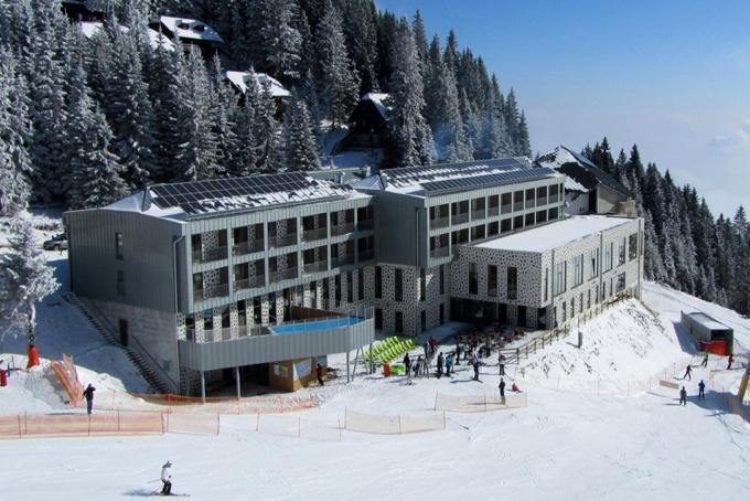 originalno_darilo_selectbox_hotel_golte_savna_wellness_masaza_smucanje_sneg_680x454