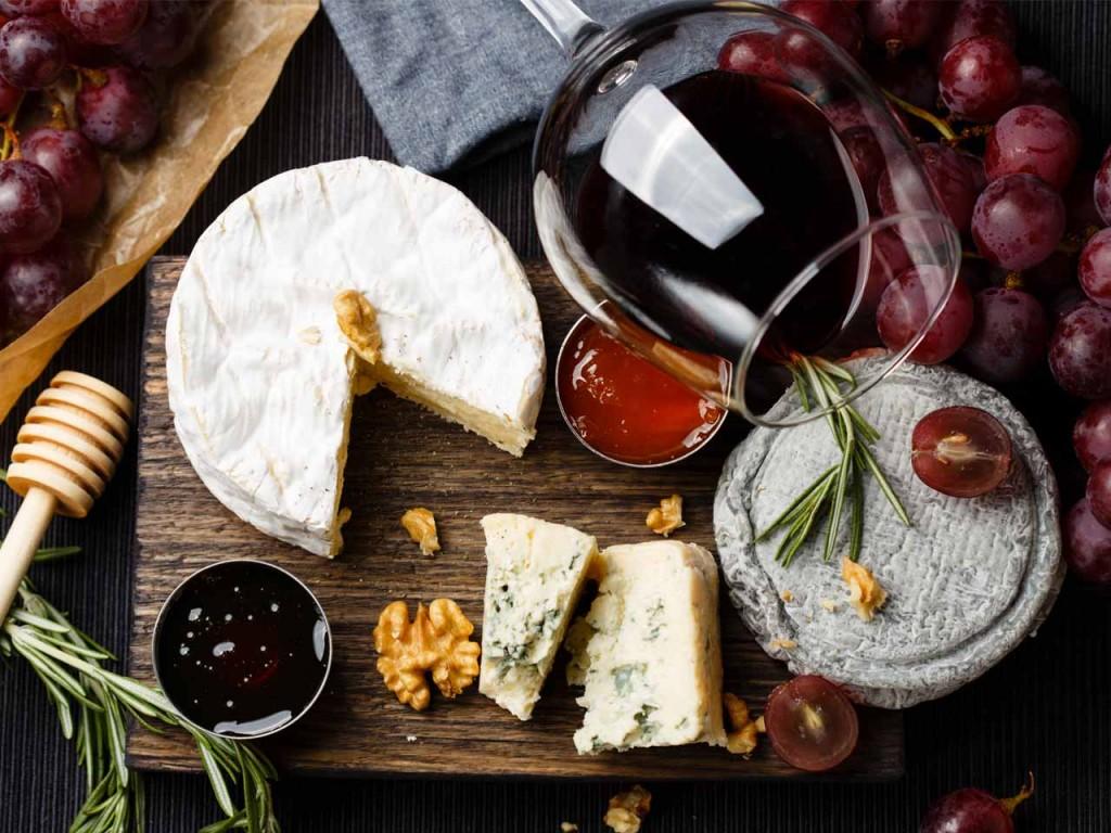 Pairing-wine-with-cheese_475327706_1280x960
