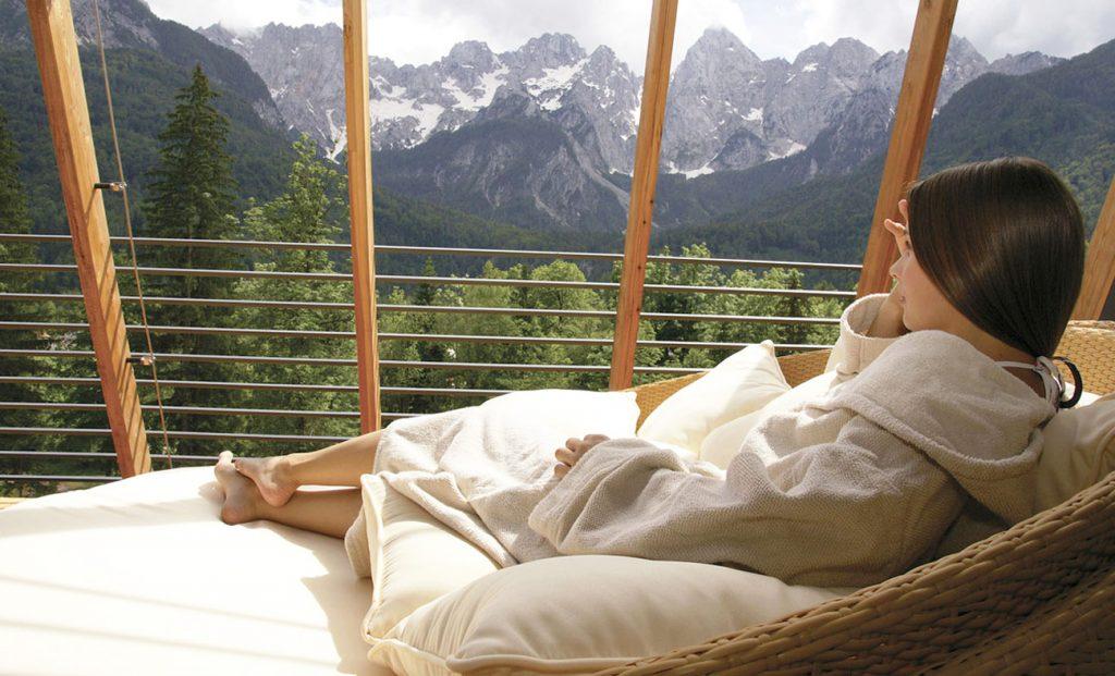 darilni_paketi_alpski_wellness_resort_spik_martuljek_1-1024x621